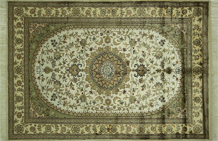 4 X6 Floral Hand Knotted 100 Pure Silk Persian Kashan